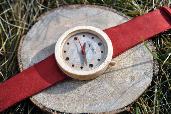 Montres de poignet à la main en bois Les femmes par WoodenFrance