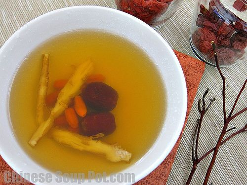 Sun qi ginseng steamed tienchi tablets