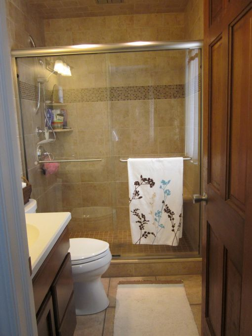 Small bathroom remodeling ideas hgtv hgtv 39 s for Great bathroom ideas small bathrooms