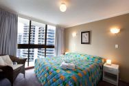 Broadwater Shores - 2 Bedroom Apartment - Runaway Bay Accommodation