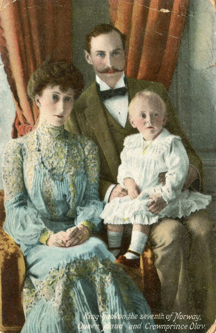 Norway Royalty King Haakon The 7th of Norway Queen Maud Crownprince Olav