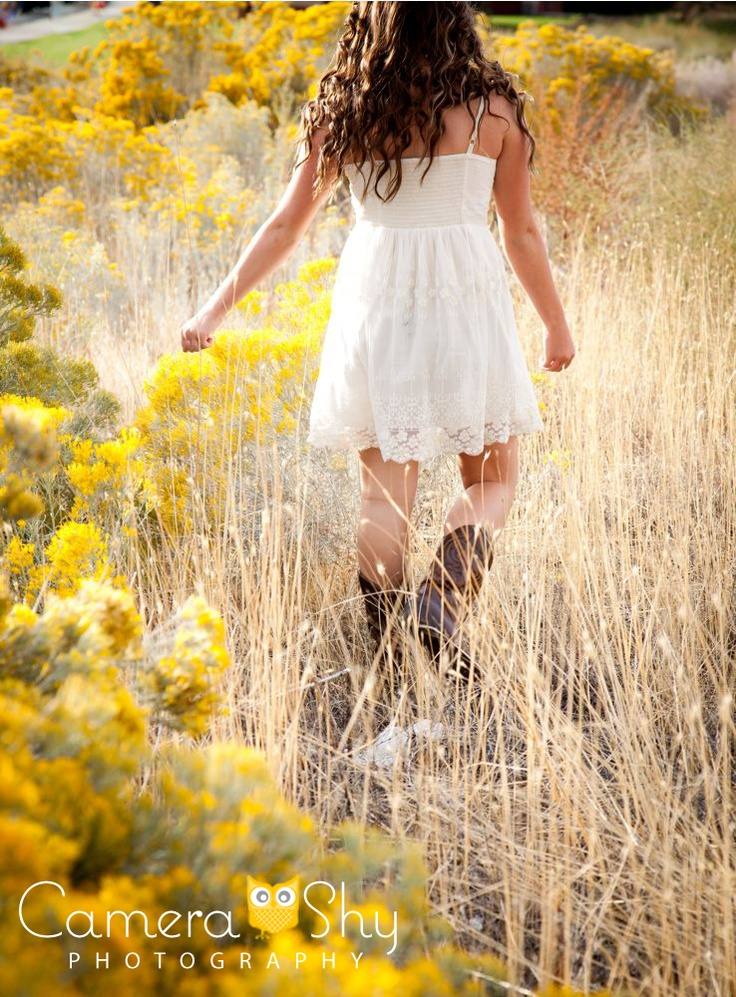 #camerashy #photography #studio #portraits #poses #inspiration #senior #girl #outdoor #summer #dress #cute #boots
