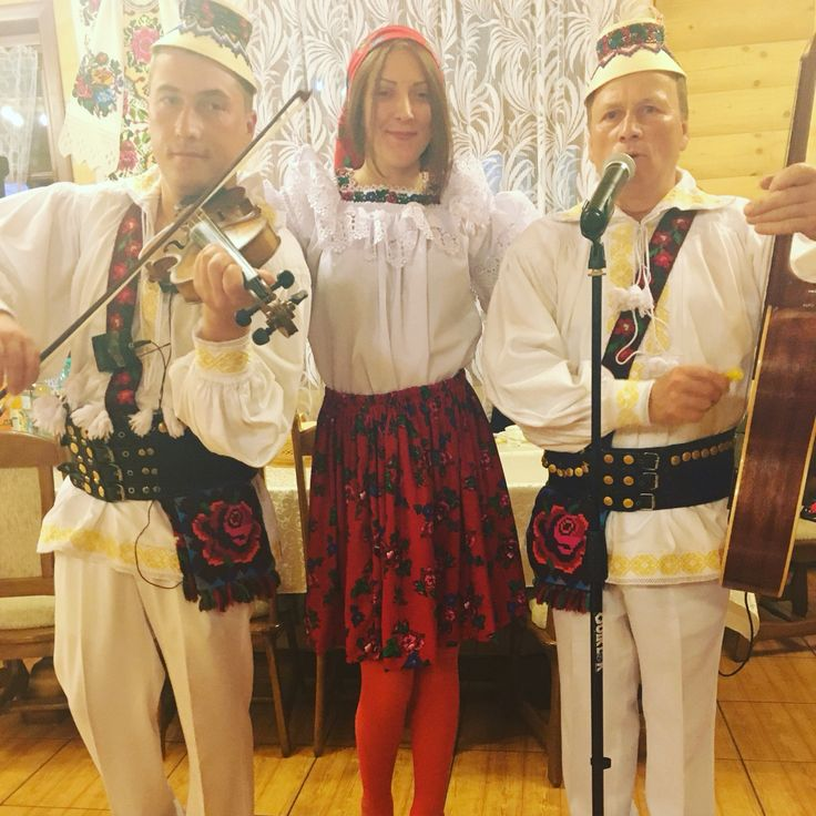 Romanian girl and traditions  Romanian singers❤️