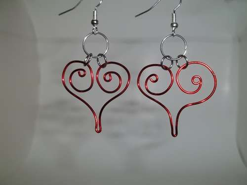 DIY wire heart earrings