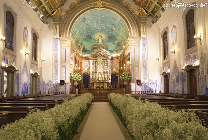2 - Casamento da Fernanda Souza e do Thiaguinho - decoração da igreja