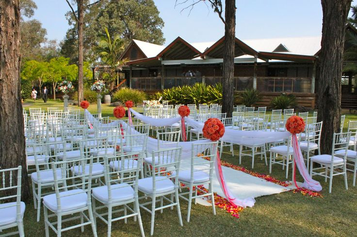 #wedding #ceremony #white #Tiffanychairs #whitecarpet with #rose petals down the side of the aisle @ #Tamburlaine #organic wines