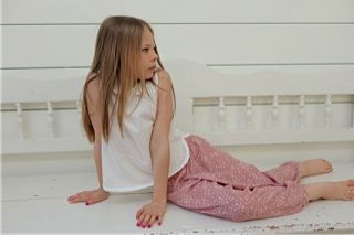 Star trousers and cotton Plumetti shirt. Ages 3-10 years