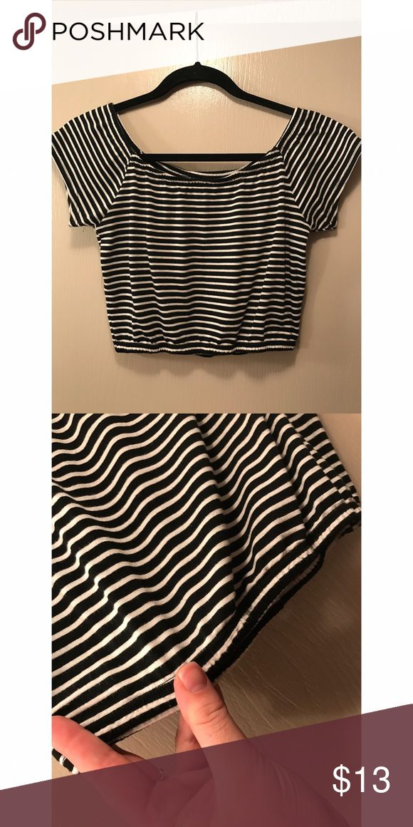 Black & White stripped crop top! Classic black & white stripped crop top w/ elastic fit around the waist and shoulders. Pairs great with high waisted cut off denim shorts! This top is brand new, never been worn; however, tags are not still attached. Purchased at Tilly's clothing store. Full Tilt Tops Crop Tops