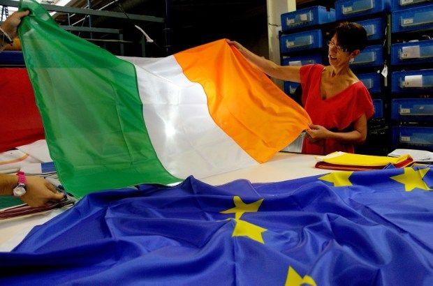 Írország döntheti romba a brüsszeli kártyavárat - https://www.hirmagazin.eu/irorszag-dontheti-romba-a-brusszeli-kartyavarat