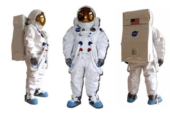 Немцы оденут космонавтов в облегающие костюмы