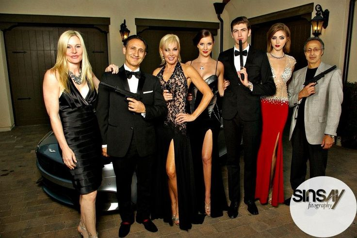 What To Wear To A Casino Night Party