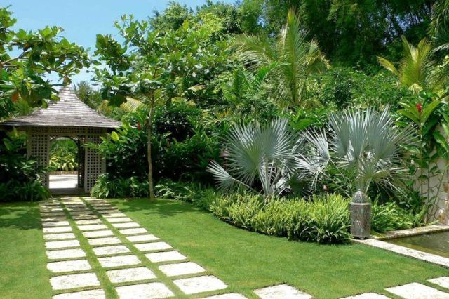 1000 Ideas About No Grass Landscaping On Pinterest Groundcover Backyard Landscaping Designs Front Yard Landscaping Design Small Garden Design