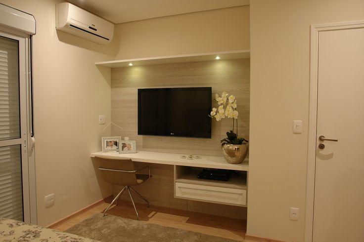 Projeto de interiores da TK Arquitetura para residência em Bragança Paulista. Com marcenaria sob medida e projeto de iluminação.
