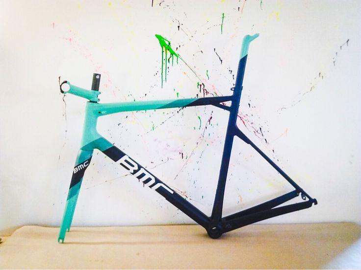 BMC slr 01 2013 Di2 RH 57 Custom paint by cycleart
