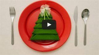 Vika servett som en julgran – så lätt är det!