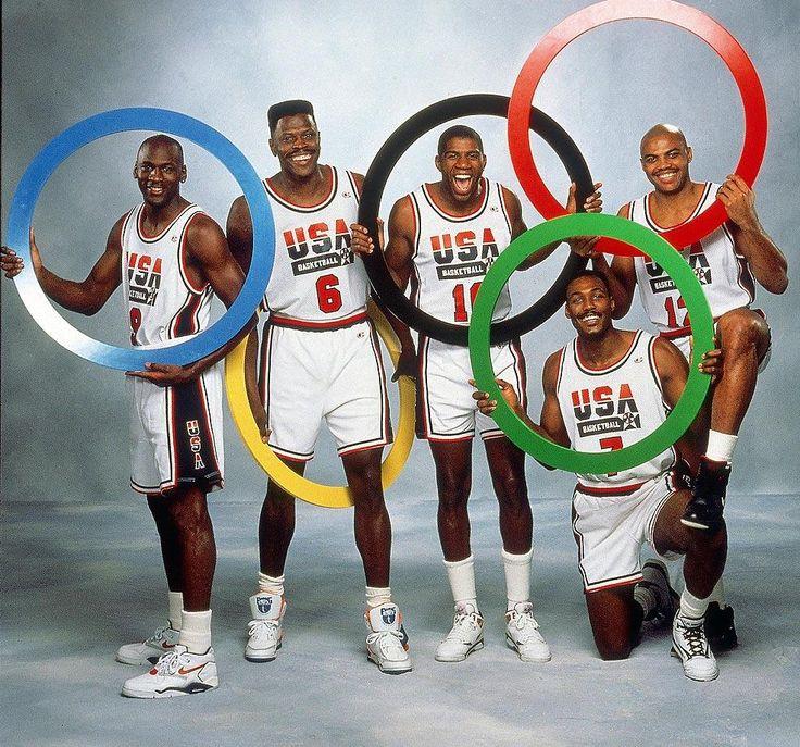 "The Dream Team Barcelona 92' : Michael Jordan, Patrick Ewing, ""Magic"" Johnson, Karl Malone & Charles Barkley"