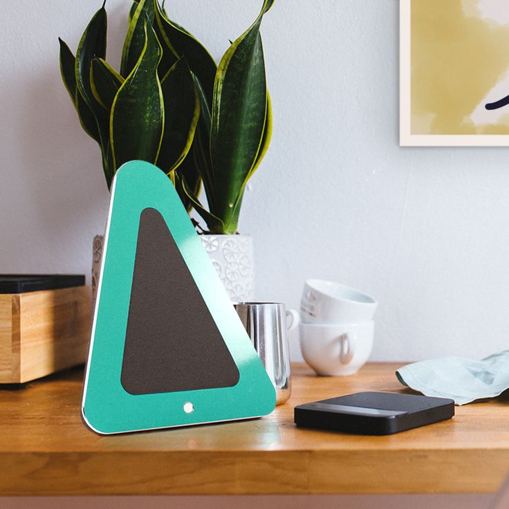 The Nepsu Triangle is now available on Indiegogo. Save 45% off retail price! | Interchangeable plates and acoustics cloths allow you to match the Nepsu Triangle speaker with any decor.