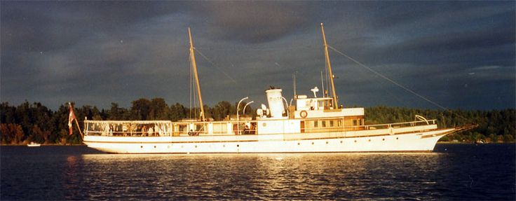 152 Best Images About Classic Motor Yachts On Pinterest