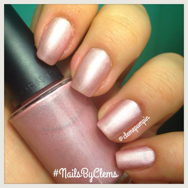 Hi there! This is a #swatch of one of my #selfmade #diy #nailpolish  it has a #matte finish that's absolutely gorgeous! Can you help me name it? hope you like it! #nails #notd #nailsdid #nailswag #nailsbyclems #naturalnails #instanails #instadaily #uñas #unhas #ongles #pink #glam #classic #soft #girly #girlynailsdeluxe