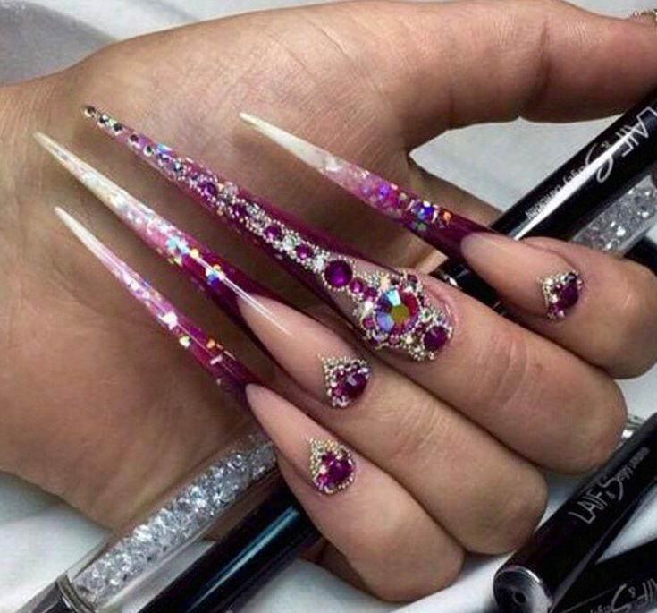 363 best Extremely long nails images on Pinterest | Beleza, Nail ...