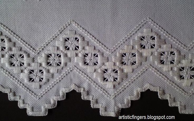 Hello everyone ,   I'd like to share some images of a hardanger doily.                                         T...