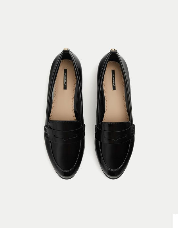 Basic faux patent leather loafers - See all - Shoes - Woman - PULL&BEAR Hungary