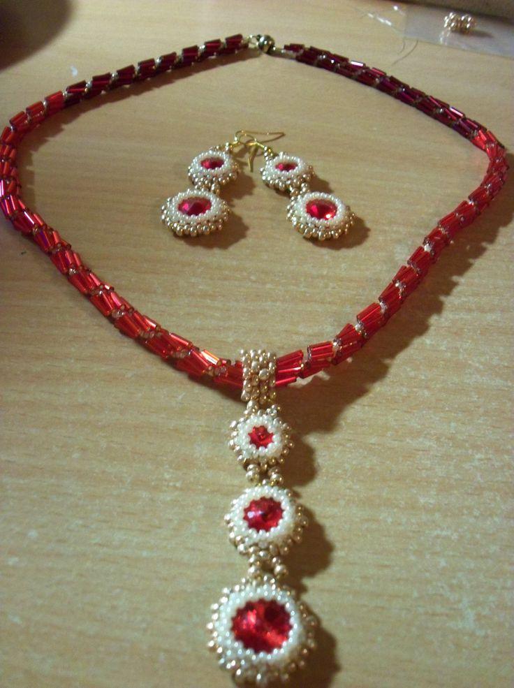 Vánoční sada červeno/zlatá - náhrdelník, náušnice ->earring, necklace<-