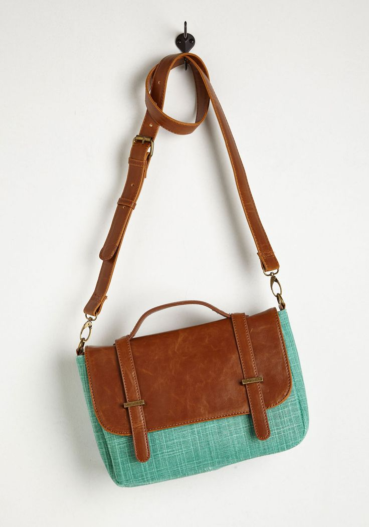 Case of the Spun Days Bag in Mint. The start of the week is extra fabulous when youre toting this charming shoulder bag! #mint #modcloth