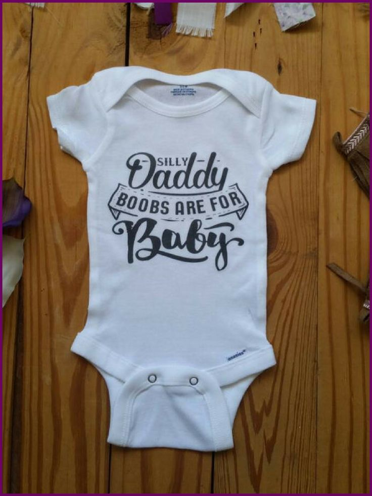 This funny onesie would be the perfect addition to my baby's wardrobe! Would make a great baby shower gift, take home outfit, or for newborn photos! #affiliate #baby #breastfeeding