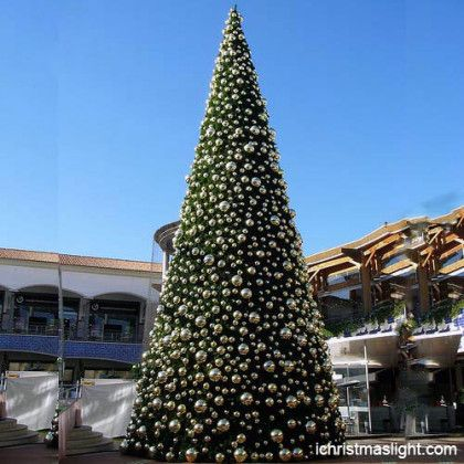 Pre decorated Christmas trees manufacturer