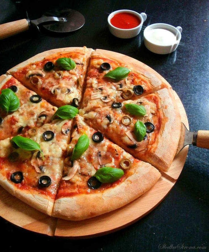 Najlepsze Ciasto na Pizze - Przepis - Słodka Strona