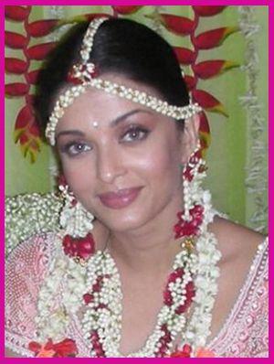 Get Inspired by Celeb Wedding Style | Aishwaraya
