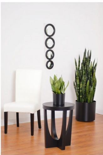 Vista planters in different sizes