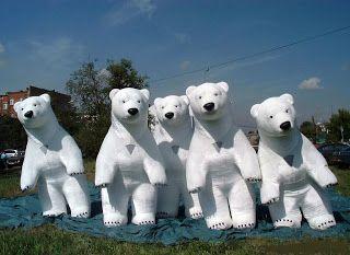 #Opblaasbare #dieren #IJsberen uit Rusland het beste ontwerp wat ik gezien heb,