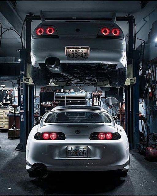 Nissan Skyline R33 GT-R x Toyota Supra