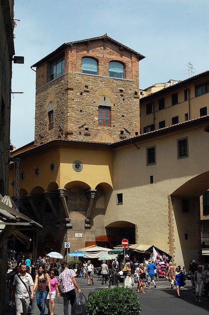 Torrei dei Manelli and the Vasari Corridor, Florence, Italy
