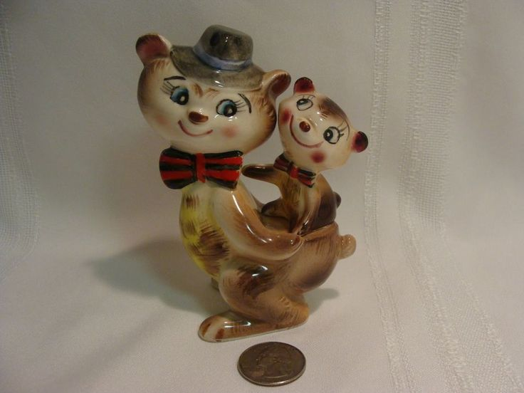 US $16.50 Used in Collectibles, Decorative Collectibles, Salt & Pepper Shakers