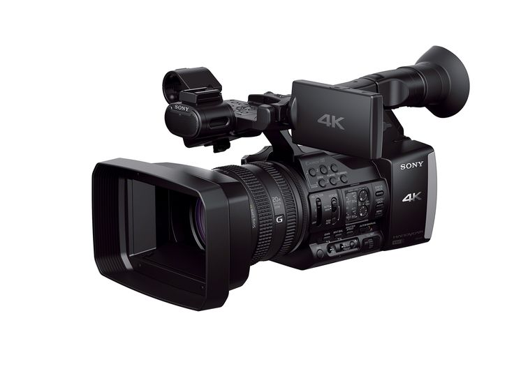 Lights, camera, action, we bring you the new 4K Handycam.