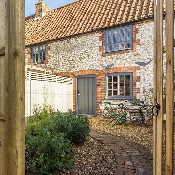 Six Romantic Holiday Cottages Just For Two North Norfolk Norfolk Cottages Holiday Cottage Cottage