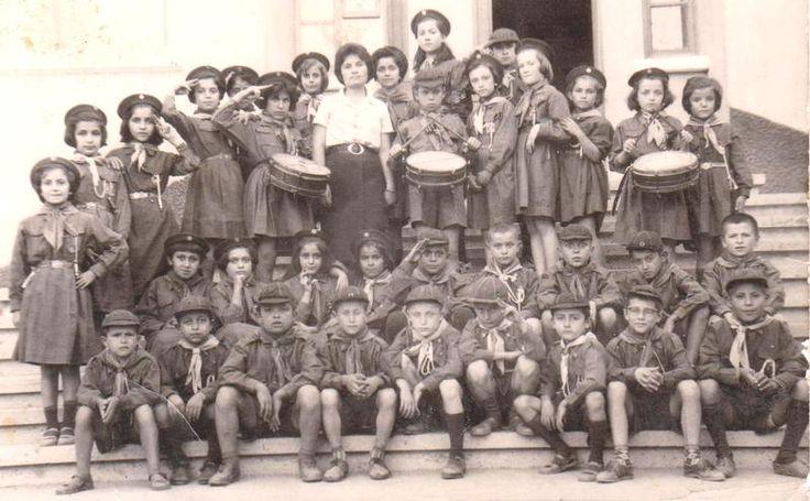 1960 yılı Denizli - Babadağ bir ilkokul ve izci yavrukurtları...