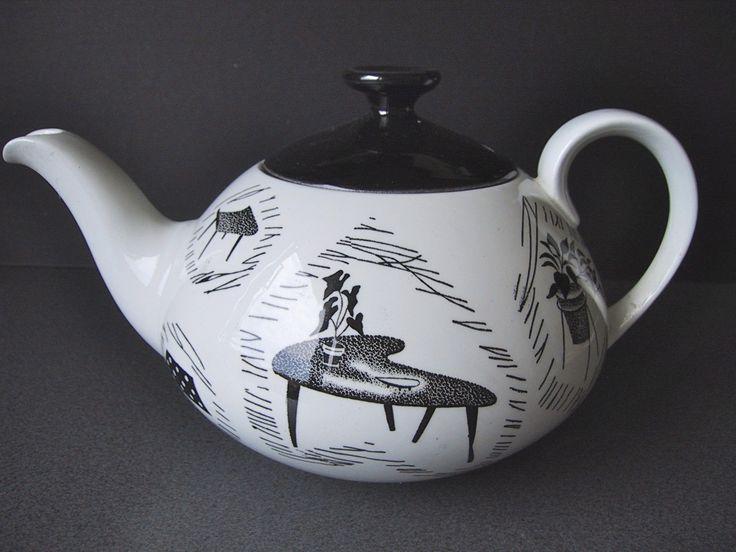 Ridgway Homemaker 'Metro' teapot