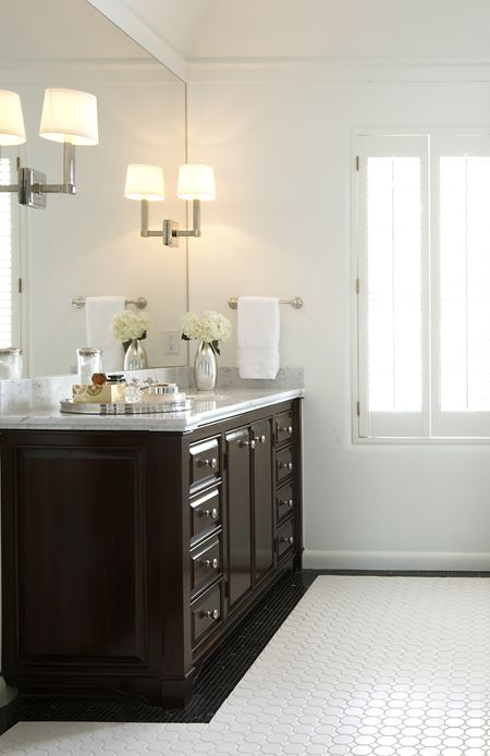 Suzie Ashley Goforth Design Stunning Bathroom With