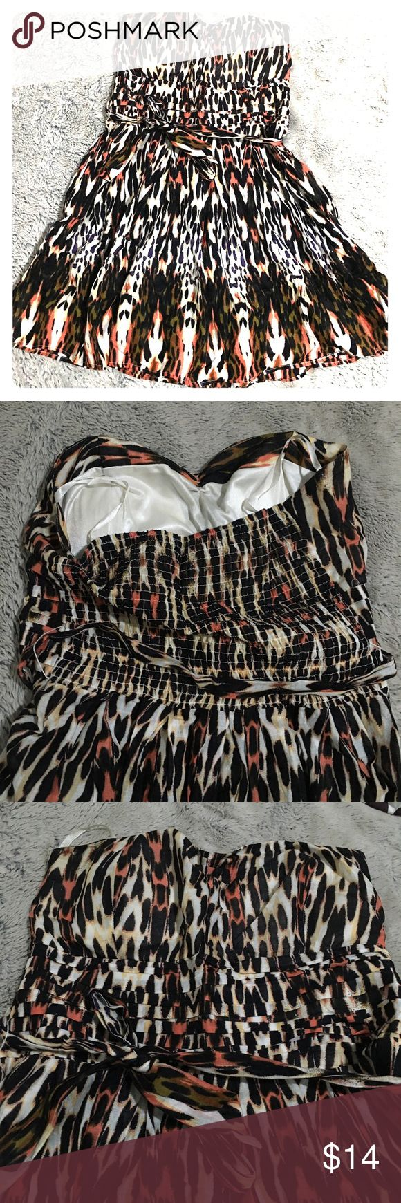 Leopard animal print dress Strapless vintage looking house wife swing fitted bustier sweat heart pin up rockabilly tie up dress  Size: medium  Condition: like new Dresses Strapless