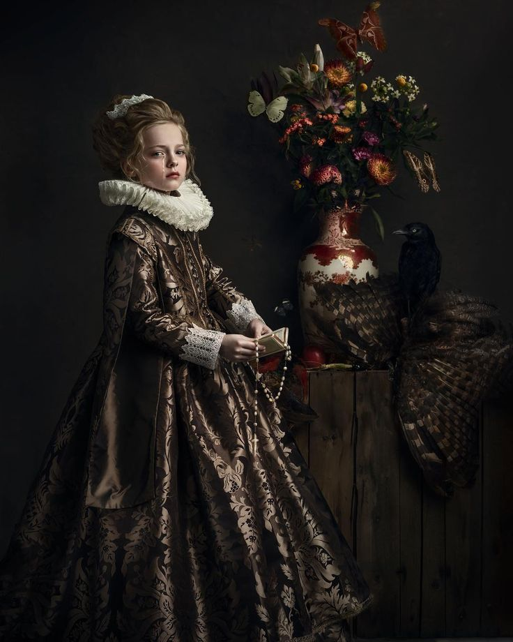 Gemmy Woud-Binnendijk is a Dutch fine art photographer whose portrait photos may make you feel like you're walking through a museum. Her style is inspired by the masterpieces of old master painters. Woud-Binnendijk originally studied multimedia design, but it was through photography that she redi
