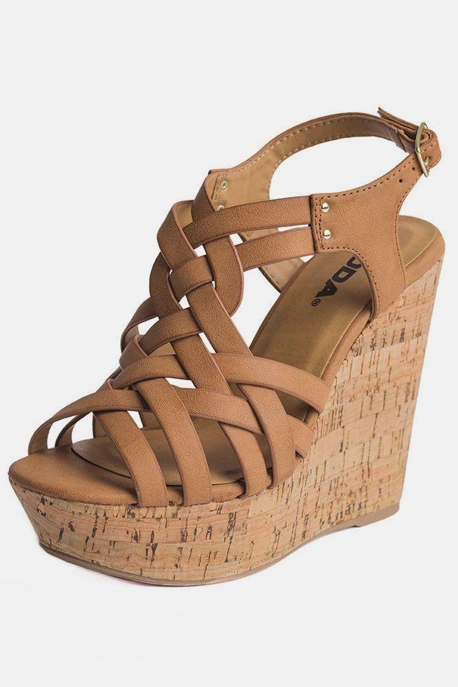 4d8377c8ee00 Barbie Doll Wedge classy black heels