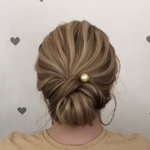 Easy And Quick Video Hair Tutorials Easy Hair Hairstyle Hairstyles Quick Tutorials Video Hair Styles Long Hair Styles Hair Guide