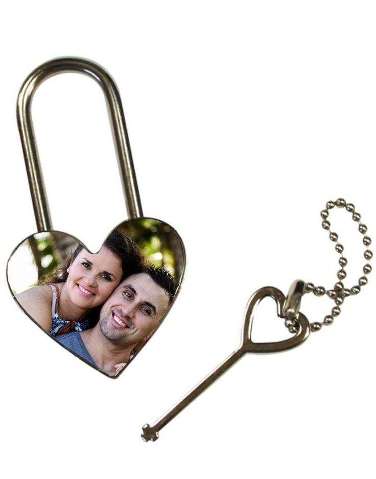 Un cadenas en forme de cœur sera parfait pour déclarer votre flemme à l élu 0a4c59d3951
