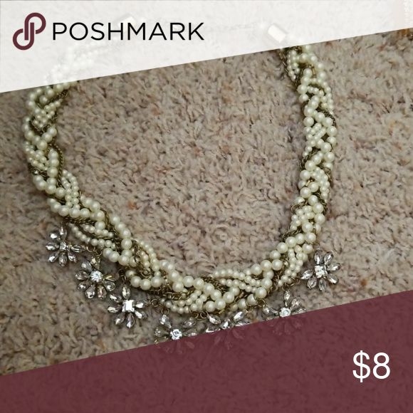 Chunky pearl necklace Pearl chunky necklace. Sparkling jewls. Jewelry Necklaces