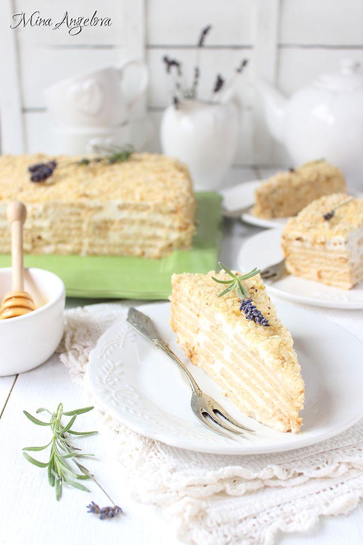 Angellove's Cooking: Френска селска торта с бисквити / Layered Honey Cake with Biscuits