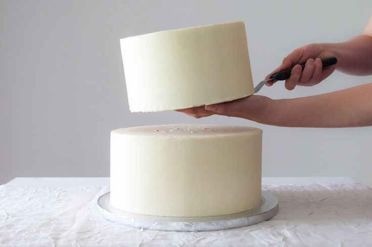 wedding cake boards and dowels | How to Stack a Wedding Cake Like a Pro | Brit + Co